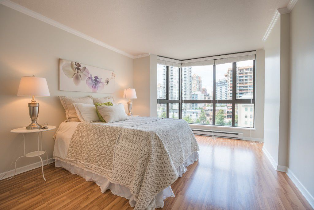 Main Photo: 906 488 HELMCKEN STREET in Vancouver: Yaletown Condo for sale (Vancouver West)  : MLS®# R2086319