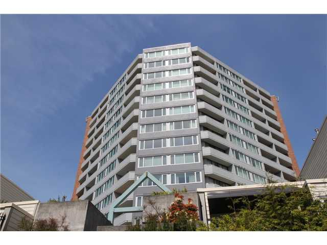 "Main Photo: 904 3920 HASTINGS Street in Burnaby: Willingdon Heights Condo for sale in ""INGLETON PLACE"" (Burnaby North)  : MLS®# V948600"