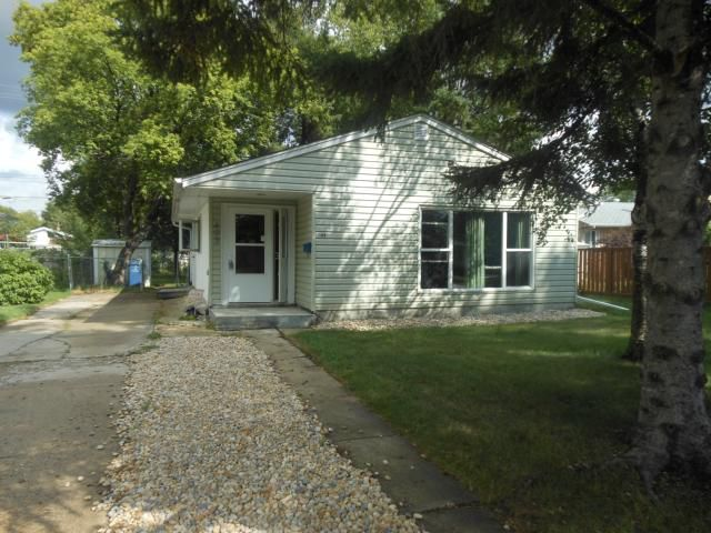 Main Photo: 403 Olive Street in WINNIPEG: St James Residential for sale (West Winnipeg)  : MLS®# 1216842