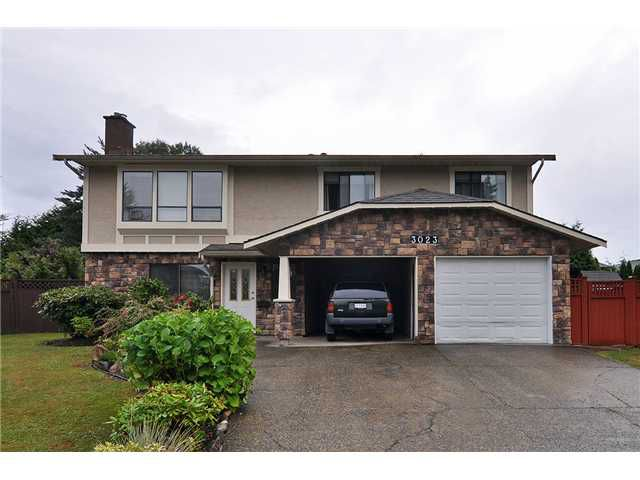 Main Photo: 3023 REECE AV in Coquitlam: Meadow Brook House for sale : MLS®# V1025566