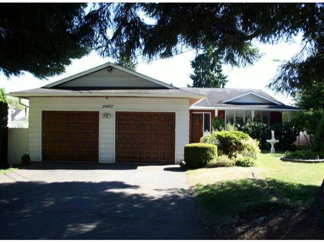 Main Photo: 19472 64TH Avenue in Surrey: Clayton House for sale (Cloverdale)  : MLS®# F1418540