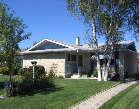 Main Photo: 1019 MONCTON AVE.: Residential for sale (East Kildonan)  : MLS®# 2814469