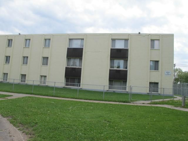 Main Photo:  in WINNIPEG: Maples / Tyndall Park Condominium for sale (North West Winnipeg)  : MLS®# 1214520