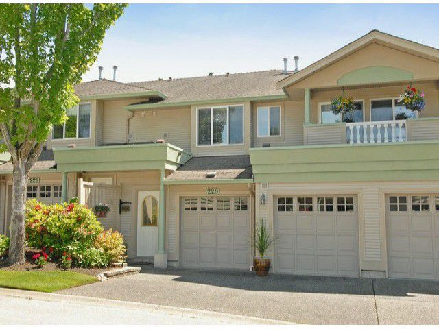 """Main Photo: 229 13888 70TH Avenue in Surrey: East Newton Townhouse for sale in """"CHELSEA GARDENS"""" : MLS®# F1312877"""