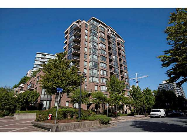 Main Photo: #808 - 170 W 1st St. in North Vancouver: Lower Lonsdale Condo for sale : MLS®# V1063361
