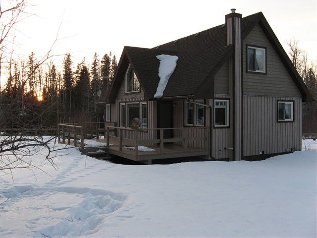 Main Photo: 14557 RED CREEK Road in Fort St. John: Fort St. John - Rural W 100th House for sale (Fort St. John (Zone 60))  : MLS®# N225851