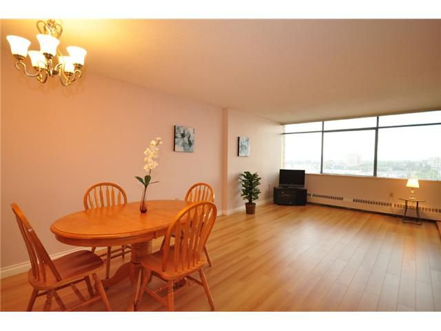 """Main Photo: 1203 6631 MINORU Boulevard in Richmond: Brighouse Condo for sale in """"REGENCY PARK TOWERS"""" : MLS®# V1025519"""