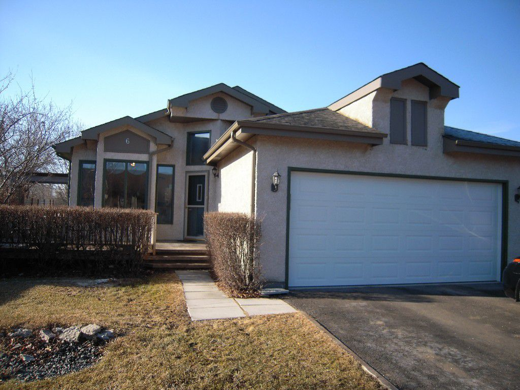 Main Photo: 6 Keith Cosens Drive: Stonewall Residential for sale : MLS®# 1508556