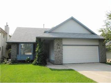 Main Photo: 58 Farmingdale Boulevard: Residential for sale (Linden Woods)  : MLS®# 1016226