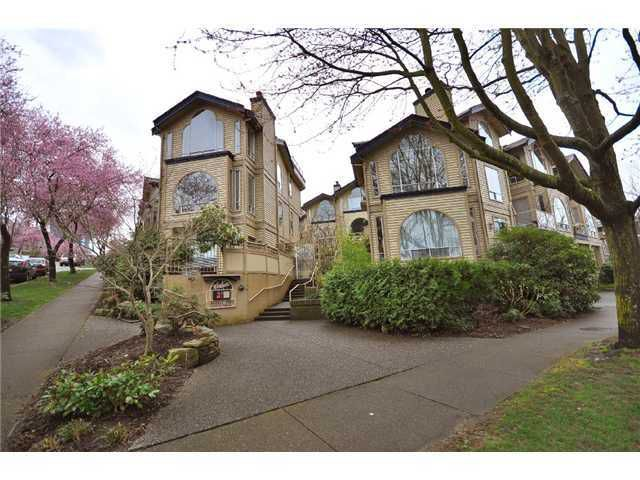 """Main Photo: 106 1100 W 7TH Avenue in Vancouver: Fairview VW Condo for sale in """"WINDGATE CHOKLIT PARK"""" (Vancouver West)  : MLS®# V975341"""