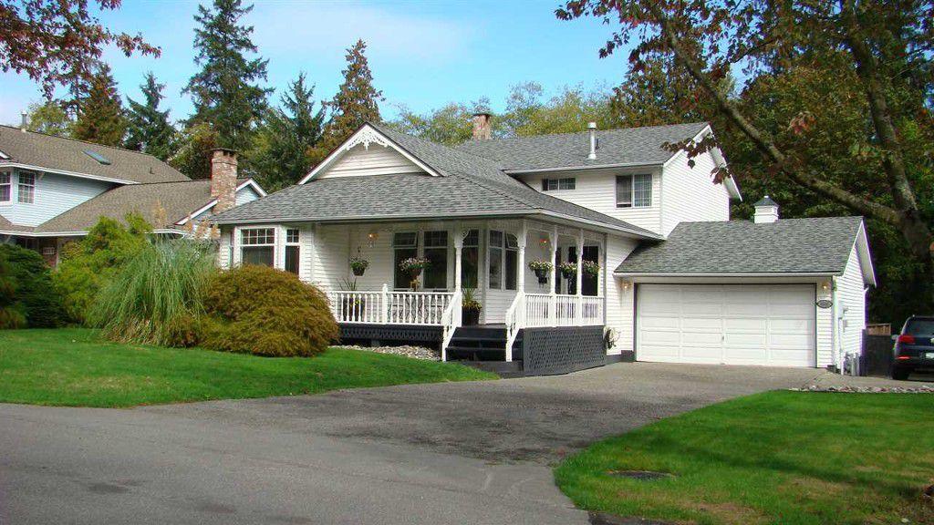 Main Photo: 6096 Killarney Drive in Surrey: Sullivan Station House for sale