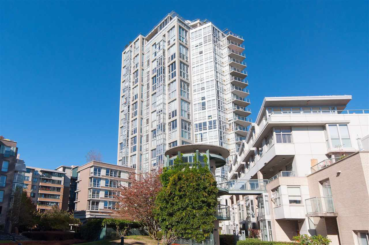 Main Photo: 502 1288 MARINASIDE CRESCENT in Vancouver: Yaletown Condo for sale (Vancouver West)  : MLS®# R2316132
