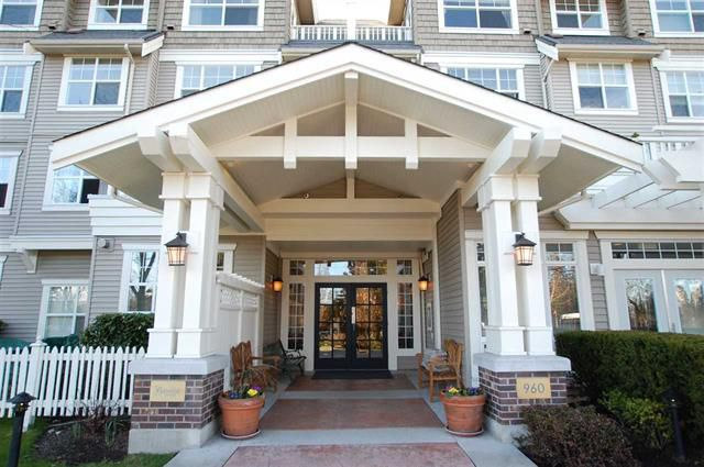Main Photo: 207 960 LYNN VALLEY ROAD in North Vancouver: Lynn Valley Condo for sale : MLS®# R2239386