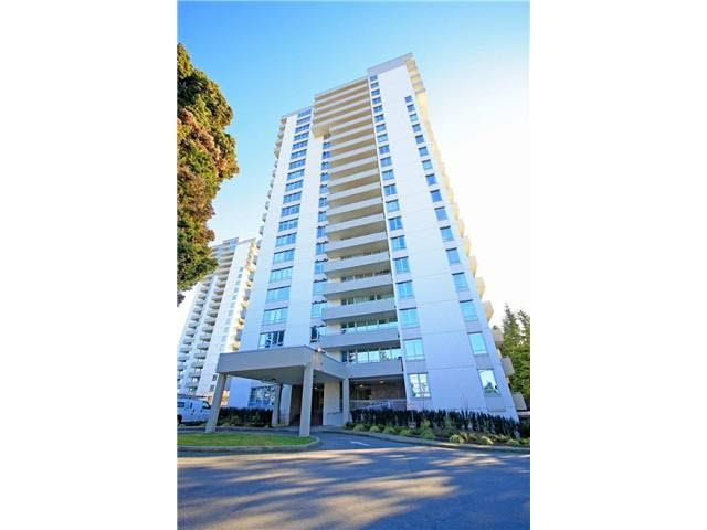 Main Photo: 305 5652 PATTERSON AVENUE in : Central Park BS Condo for sale : MLS®# V1093582