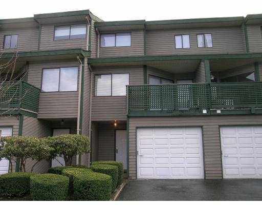"Main Photo: 16 12120 189A ST in Pitt Meadows: Central Meadows Townhouse for sale in ""MEADOW ESTATES"" : MLS®# V580150"