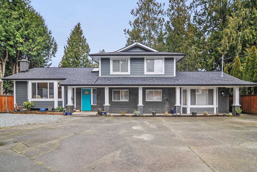 Main Photo: 20641 38A Avenue in Langley: Brookswood Langley House for sale : MLS®# R2331109