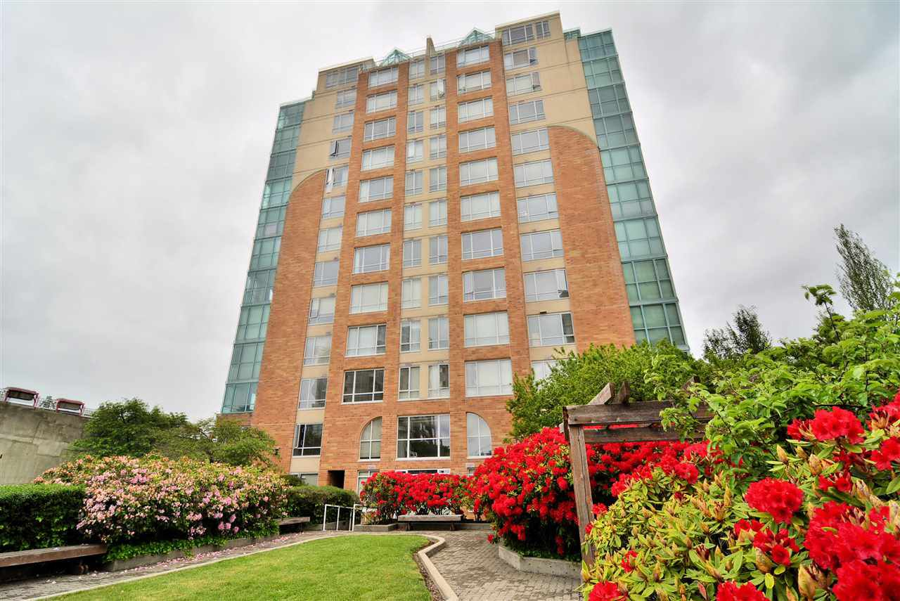 Main Photo: 604 8280 WESTMINSTER Highway in Richmond: Brighouse Condo for sale : MLS®# R2388646
