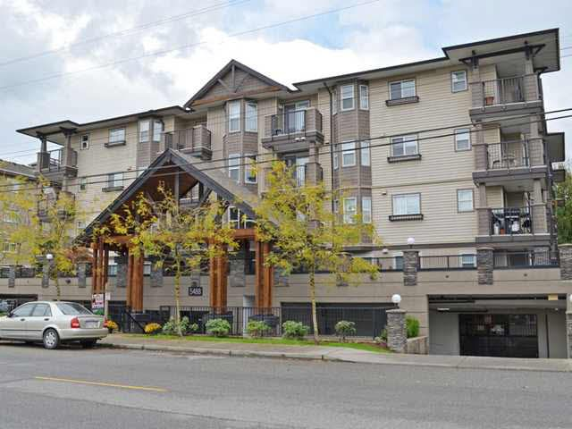 Main Photo: 202 5488 198th Street in Langley: Langley City Condo  : MLS®# F1439721