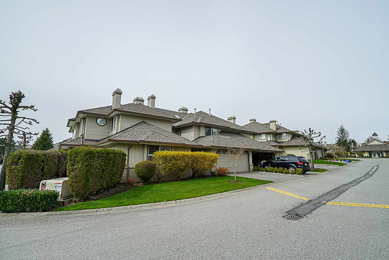 Main Photo: 52 15860 82 AVENUE in Surrey: Fleetwood Tynehead Townhouse for sale : MLS®# R2266592