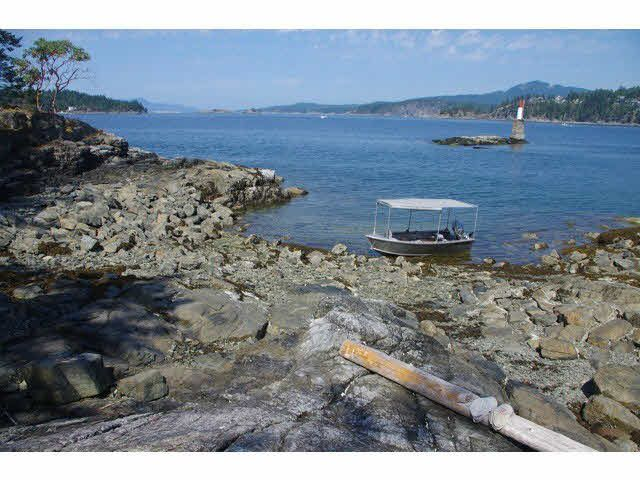 Photo 9: Photos: WILLIAM ISLAND in Pender Harbour: Pender Harbour Egmont Home for sale (Sunshine Coast)  : MLS®# V1020229