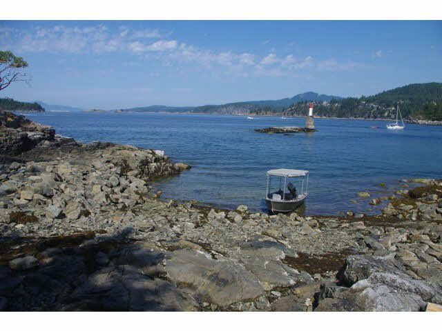 Photo 6: Photos: WILLIAM ISLAND in Pender Harbour: Pender Harbour Egmont Home for sale (Sunshine Coast)  : MLS®# V1020229