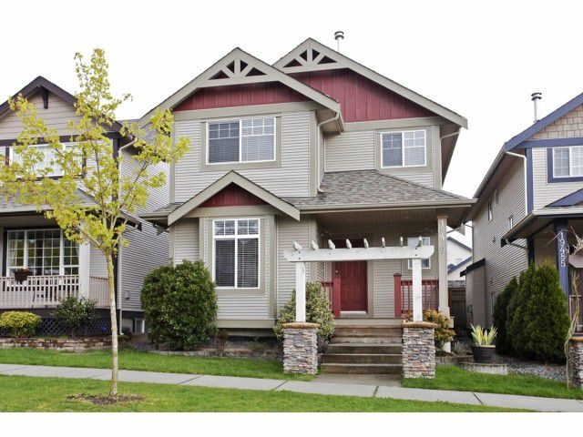 Main Photo: 19479 66A AV in Surrey: Clayton House for sale (Cloverdale)  : MLS®# F1409751