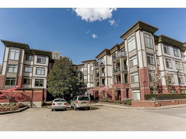 Main Photo: 413 10499 University Drive in Surrey: Condo for sale : MLS®# F1426854