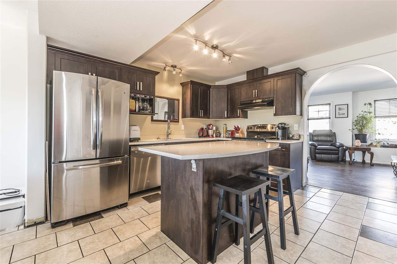 Main Photo: 8 8917 EDWARD STREET in Chilliwack: Chilliwack W Young-Well Townhouse for sale : MLS®# R2260726