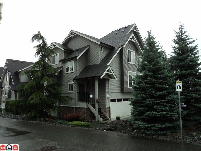 """Main Photo: 1 5965 JINKERSON Road in Sardis: Promontory Townhouse for sale in """"EAGLE VIEW RIDGE"""" : MLS®# H1202521"""