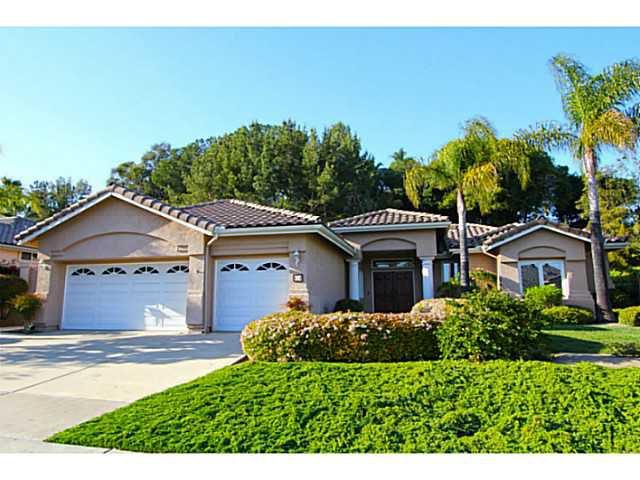 Main Photo: SOUTHWEST ESCONDIDO House for sale : 3 bedrooms : 474 Camino Bailen in Escondido
