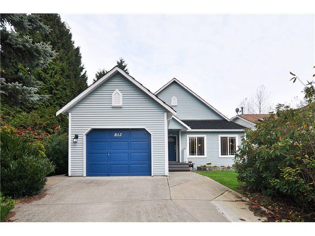 Main Photo: 812 NICOLUM CT in North Vancouver: Roche Point House for sale : MLS®# V1034924