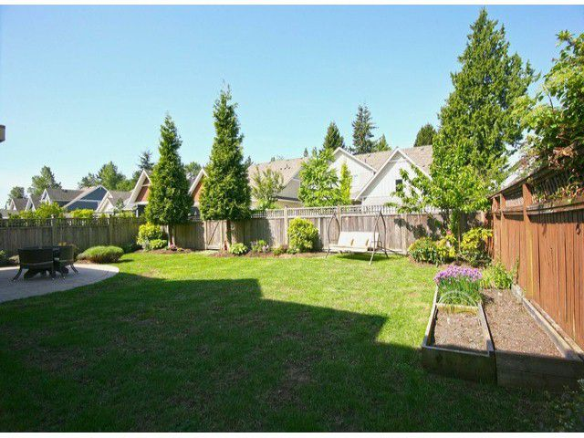 Photo 3: Photos: 1881 140A Street in Surrey: Sunnyside Park Surrey House for sale (South Surrey White Rock)  : MLS®# F1411636