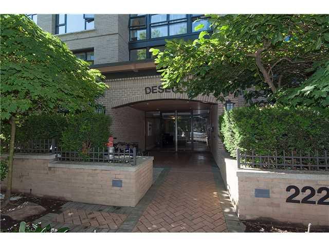 Main Photo: # 307 2226 W 12TH AV in Vancouver: Kitsilano Condo for sale (Vancouver West)  : MLS®# V1133034