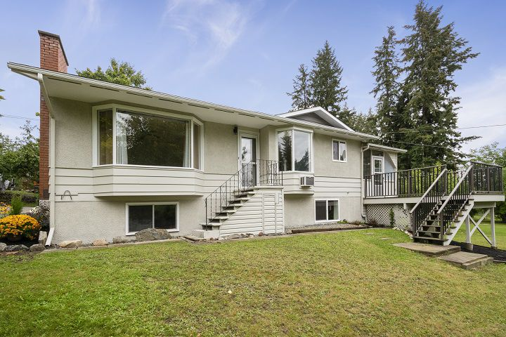 Main Photo: 2750 Northeast 30 Avenue in Salmon Arm: North Broadview House for sale (NE Salmon Arm)  : MLS®# 10168751