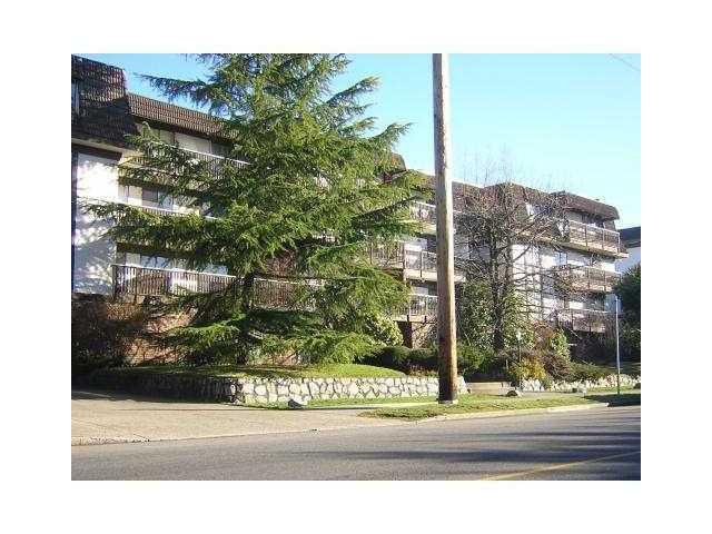 Main Photo: 203 270 W 3RD Street in North Vancouver: Lower Lonsdale Condo for sale : MLS®# V932095
