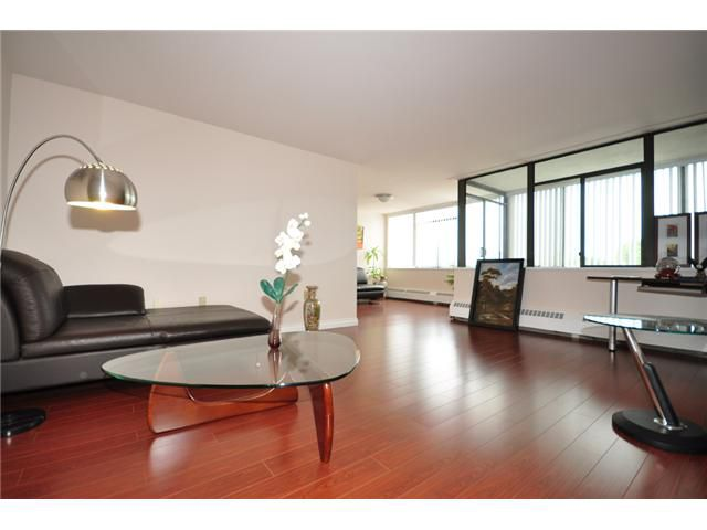 """Main Photo: 509 6651 MINORU Boulevard in Richmond: Brighouse Condo for sale in """"PARK TOWERS"""" : MLS®# V1022462"""