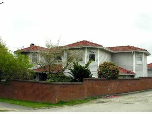Main Photo: 3418 29 in Vancouver: Collingwood VE House for sale (Vancouver East)  : MLS®# V900192
