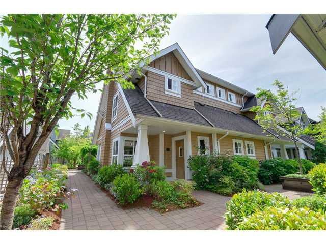 """Main Photo: 25 2688 MOUNTAIN Highway in North Vancouver: Westlynn Townhouse for sale in """"CRAFTSMAN ESTATES"""" : MLS®# V1073311"""