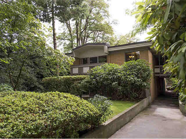 "Main Photo: 5 5585 OAK Street in Vancouver: Shaughnessy Condo for sale in ""SHAWNOAKS"" (Vancouver West)  : MLS®# V1082732"