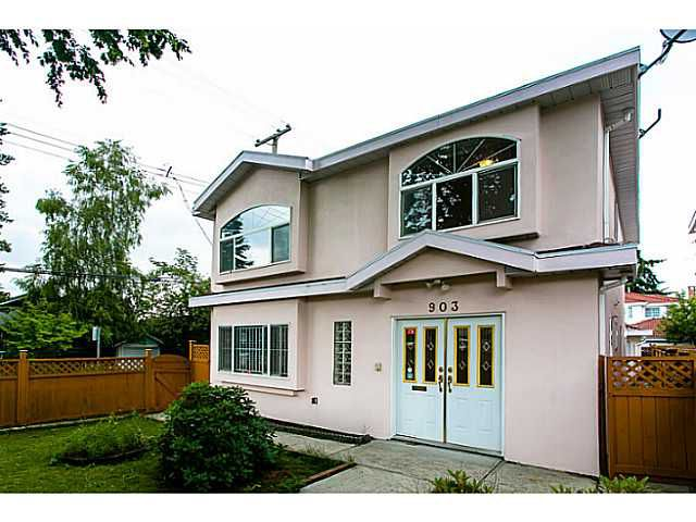 Main Photo: 903 E 31ST Avenue in Vancouver: Fraser VE House for sale (Vancouver East)  : MLS®# V1014654