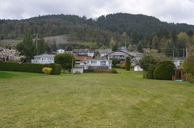 Photo 8: Photos: 427 DAVIS ROAD in LADYSMITH: House for sale : MLS®# 373138