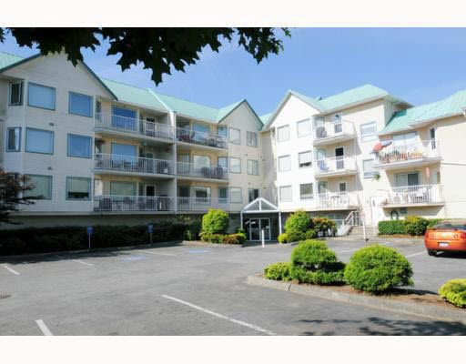 Main Photo: 108 19236 FORD ROAD in Pitt Meadows: Central Meadows Condo for sale : MLS®# R2024446