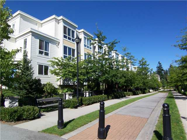"Main Photo: 6727 VILLAGE Grove in Burnaby: Highgate Townhouse for sale in ""MONTEREY"" (Burnaby South)  : MLS®# V977948"
