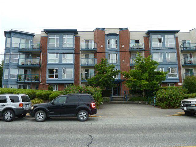 Main Photo: # 101 20277 53RD AV in Langley: Langley City Condo for sale : MLS®# F1418047