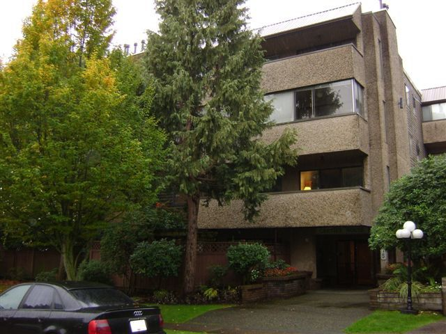 "Main Photo: 202 8775 CARTIER Street in Vancouver: Marpole Condo for sale in ""CARTIER HOUSE"" (Vancouver West)  : MLS®# V979115"