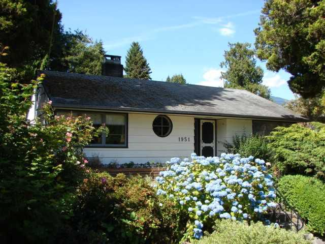 Main Photo: 1951 Kings Avenue in West V ancouver: Ambleside House for sale (West Vancouver)  : MLS®# V1138740