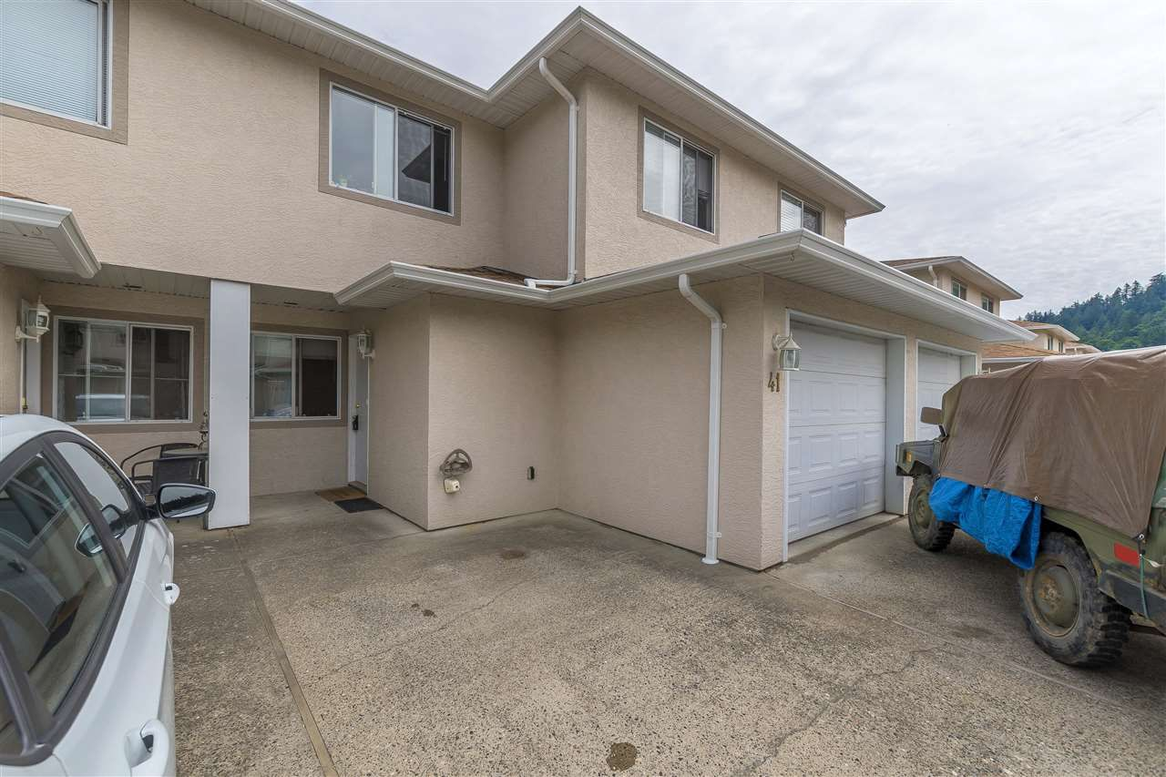 Main Photo: 41 5536 VEDDER ROAD in Sardis: Vedder S Watson-Promontory Townhouse for sale : MLS®# R2304087
