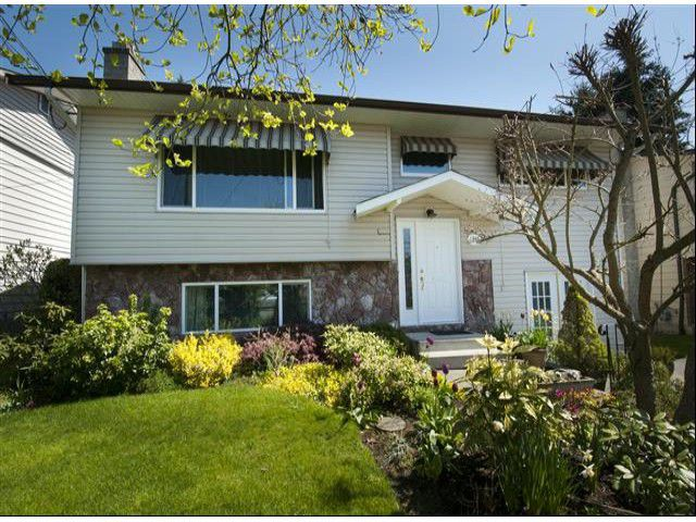 """Main Photo: 1346 129B ST in Surrey: Crescent Bch Ocean Pk. House for sale in """"OCEAN PARK"""" (South Surrey White Rock)  : MLS®# F1309805"""