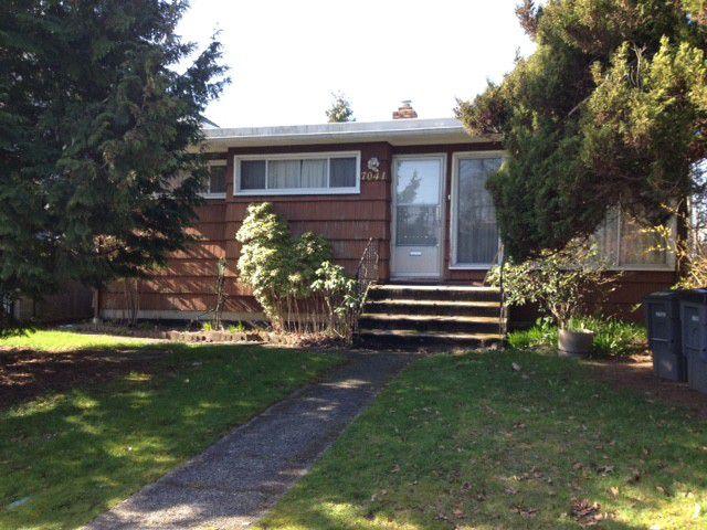 Main Photo: 7041 ELLIOTT ST in Vancouver: Fraserview VE House for sale (Vancouver East)  : MLS®# V1108035