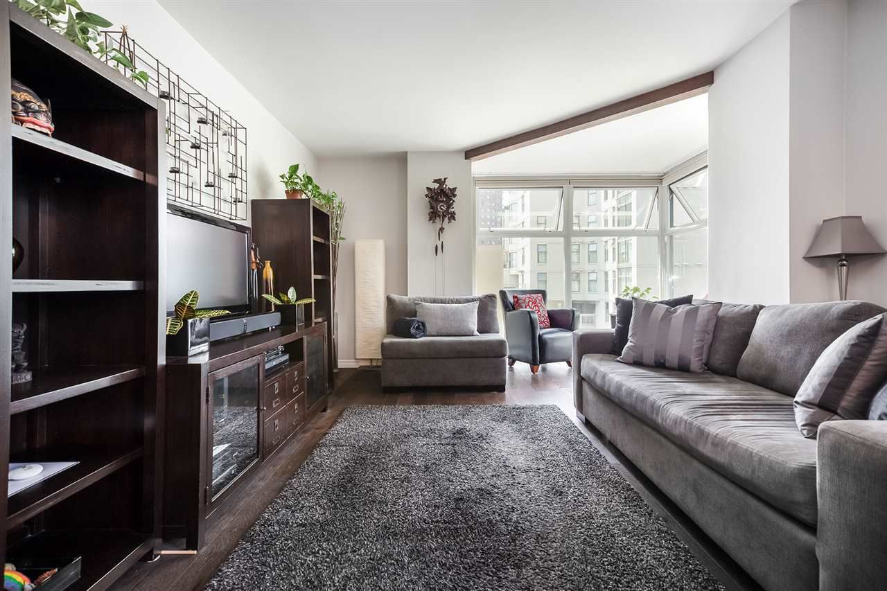 Main Photo: B405 1331 HOMER STREET in Vancouver: Yaletown Condo for sale (Vancouver West)  : MLS®# R2315055